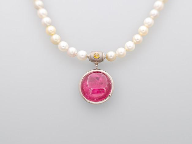 Pink Turmalin, gelbe Diamant (rosecut)
