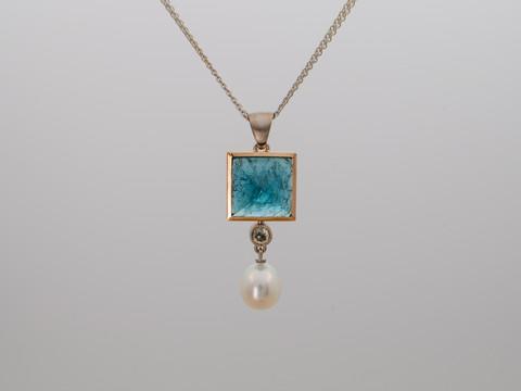 grünblauer Turmalin, grauer Diamant (rosecut), Süsswasserperle