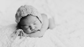 Chicago Newborn Photographer - Tiny Baby in a Big City