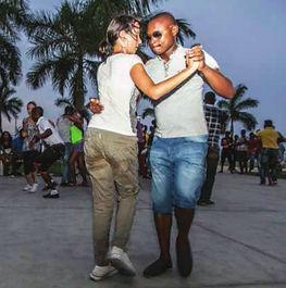 kizomba-semba-dancers-Luanda2.jpg