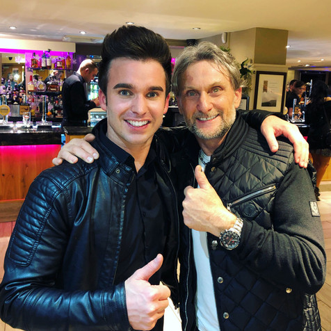 SINGER-DEAN-STANSBY-WITH-CARL-FOGARTY.jp