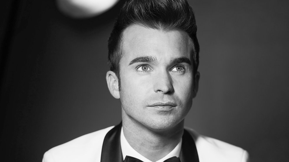 DEAN STANSBY | WEDDING SINGER AND PIANIST | HEADLINE ACT | CRUISE SHIPS | PIANO VOCALIST | NORTH WEST