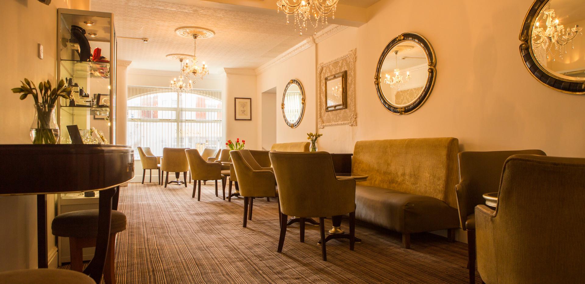 alexandra lounge.jpg