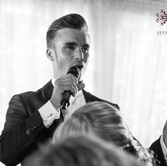 DEAN STANSBY - UK WEDDING SINGER & PIANI