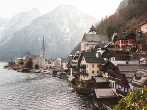Weekly update: Austria looks to gradually ease its coronavirus restrictions