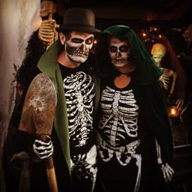 Skeleton Grant & Reanna