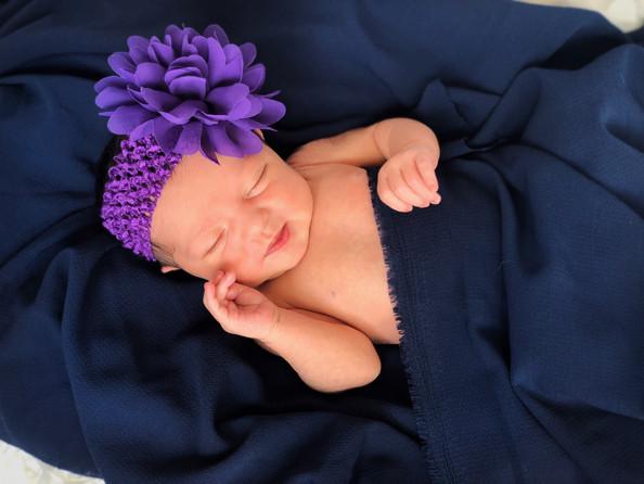 Newborn - Allison