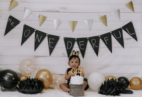 Kiaan's 1st Bday in Studio