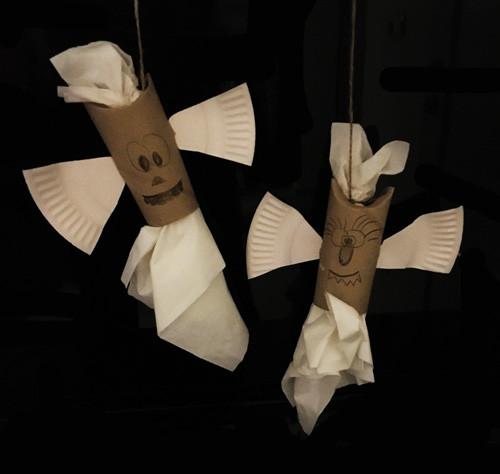 DIY-Toys Papageienspielzeug selber basteln Foraging-Toys Liveparrot Rostkappenpapagei Fledermaus Halloween