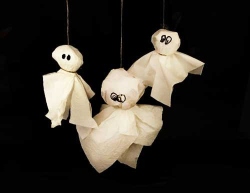 DIY-Toys Papageienspielzeug selber basteln Foraging-Toys Liveparrot Rostkappenpapagei Geister Halloween