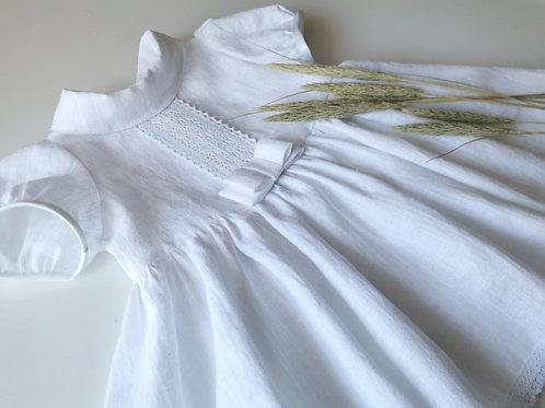 Natūralaus lino suknelė