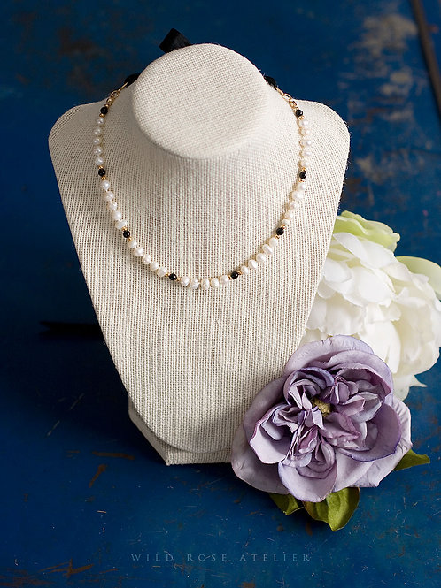Olivia pearl necklace - 18th century inspired jewelry