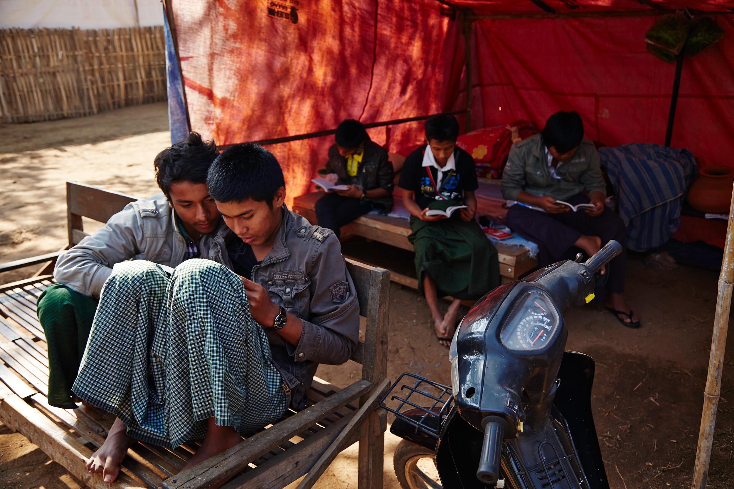 Kanjana-Chaiwatanachai-Image-Works_Bagan_2014.01.14_0097w.jpg