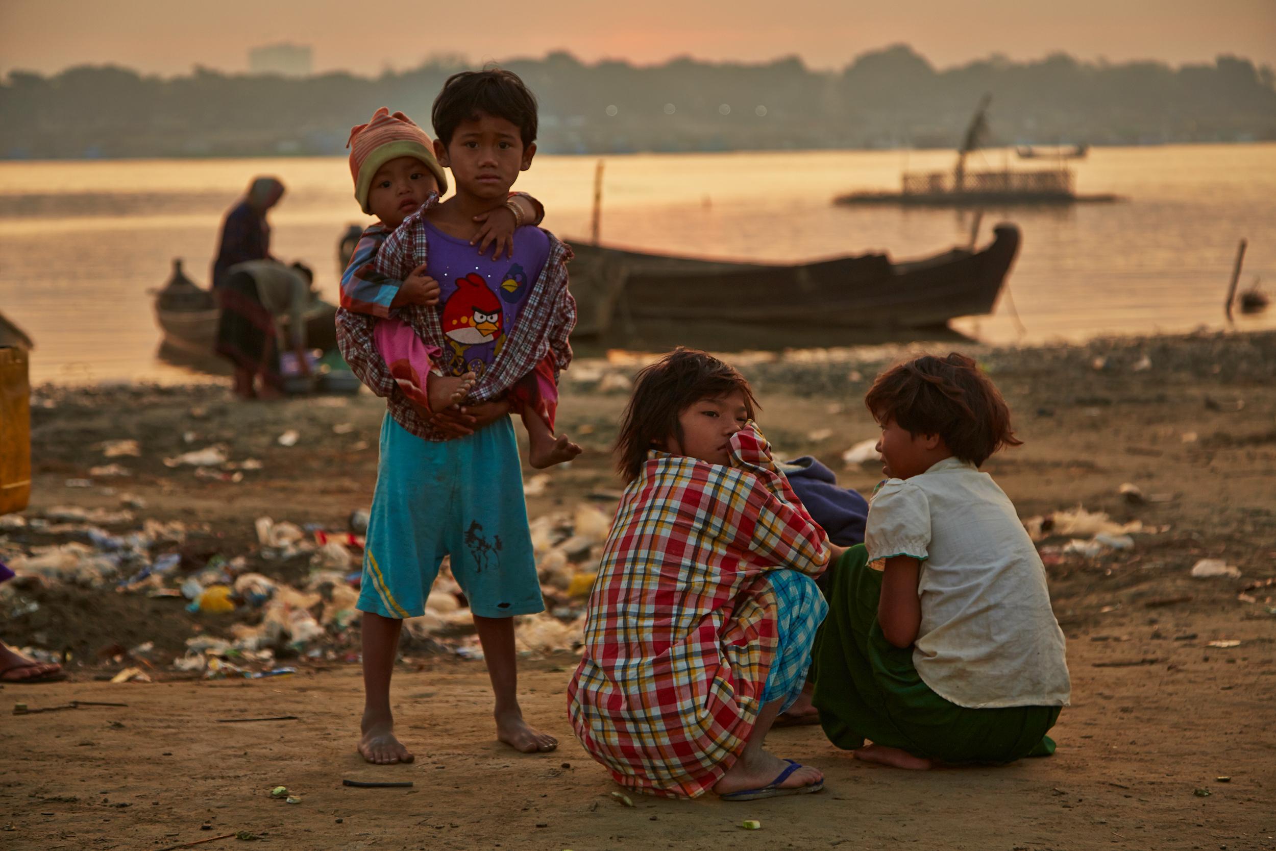 Kanjana-Chaiwatanachai-Image-Works_Mandalay_2014.01.18_0110s.jpg