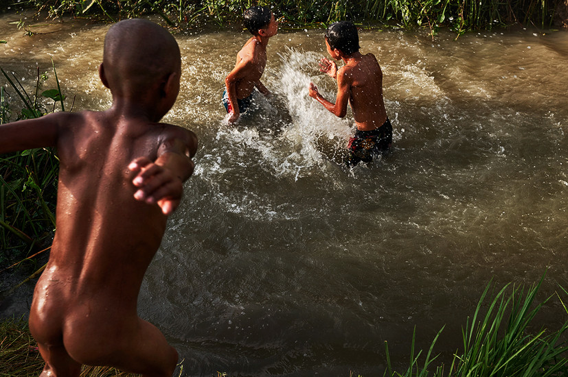 Water fight, Ohae Phoe Village, Mandalay