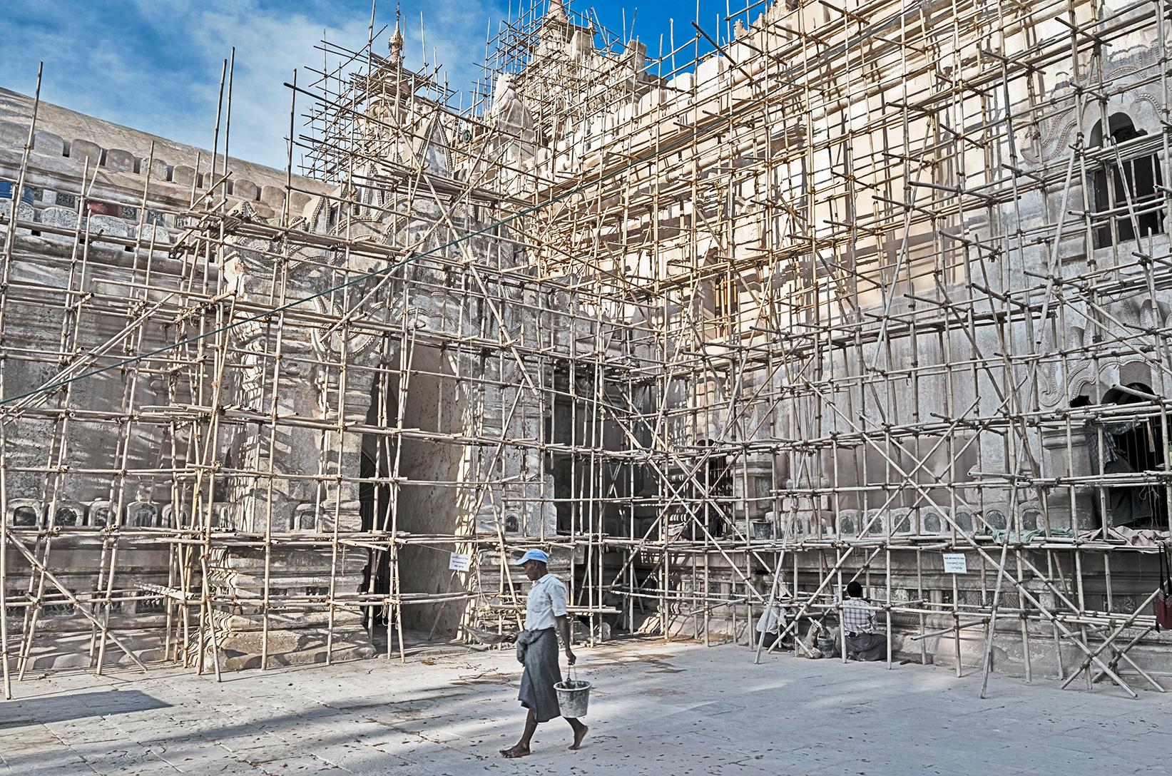 Ananda-Temple_Bagan_s.jpg