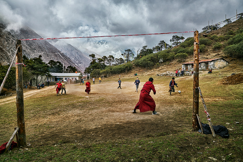 Game on the high ground, Tengboche, Nepal