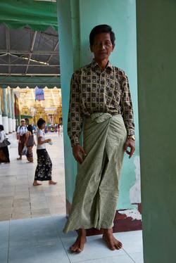 Kanjana-Chaiwatanachai-Image-Works_Yangon_2014.01.12_152w.jpg