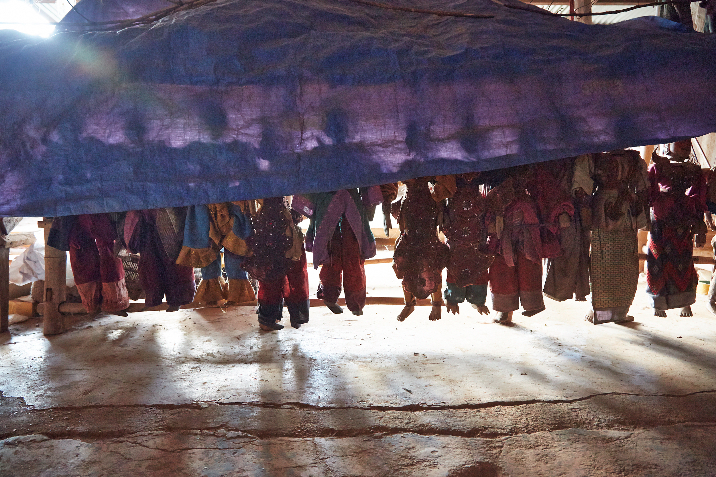 Kanjana-Chaiwatanachai-Image-Works_Mandalay-Riverside-2_2014.01.19_0223w.jpg