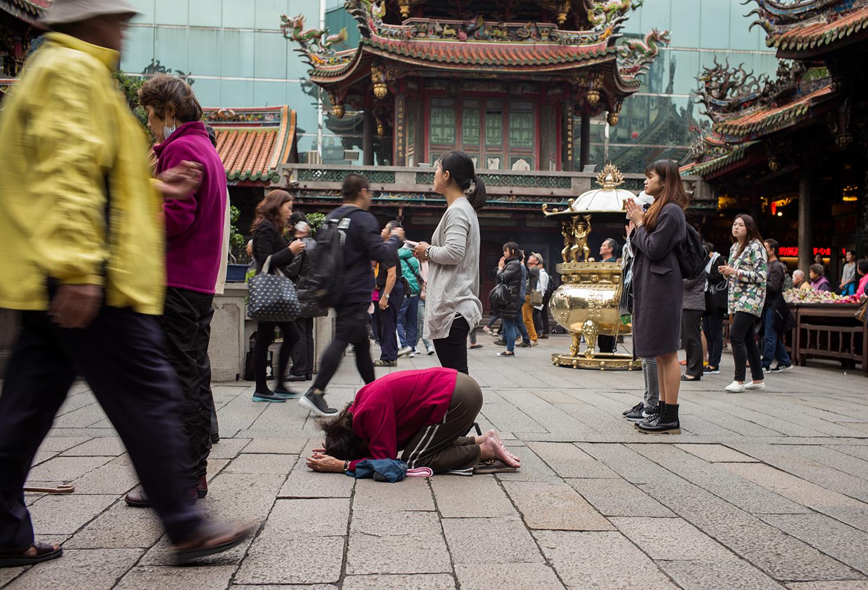 Faith_Taiwan_LongSan-temple_POOK2385_s