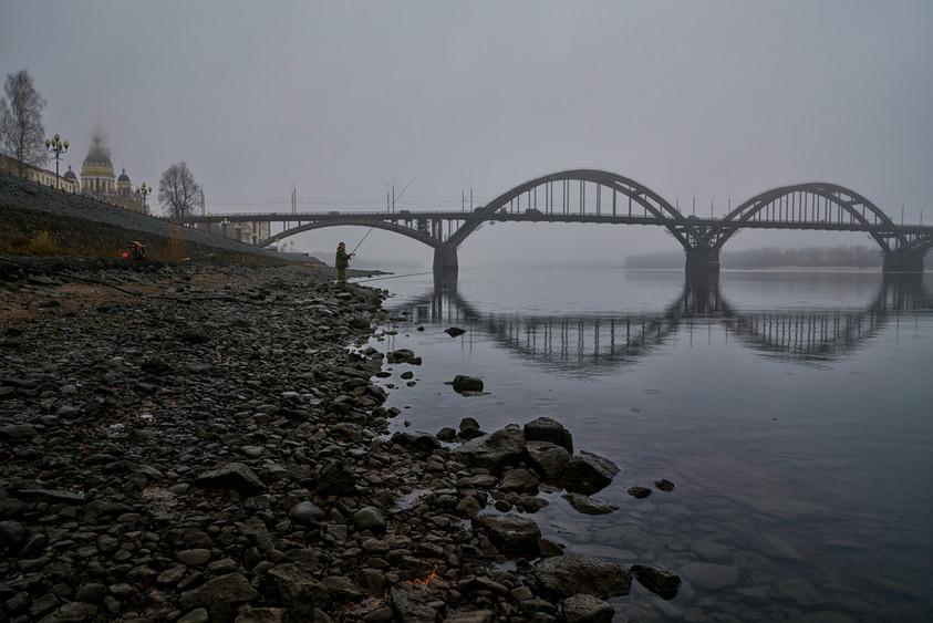 Fisherman by the Volga River, Rybinsk