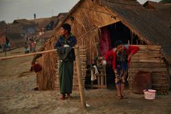 Kanjana-Chaiwatanachai-Image-Works_Mandalay_2014.01.18_0100w.jpg