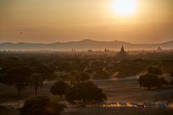 Kanjana-Chaiwatanachai-Image-Works_Bagan-PM_2014.01.16_0355w.jpg