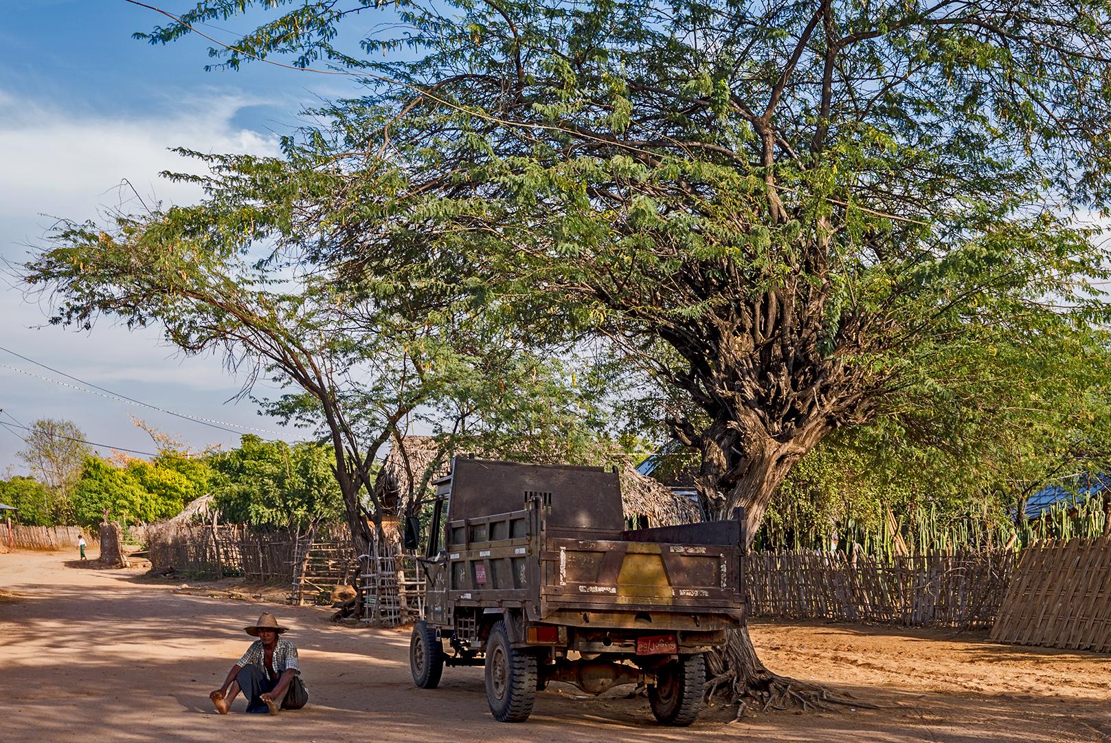 Mandalay01_s.jpg