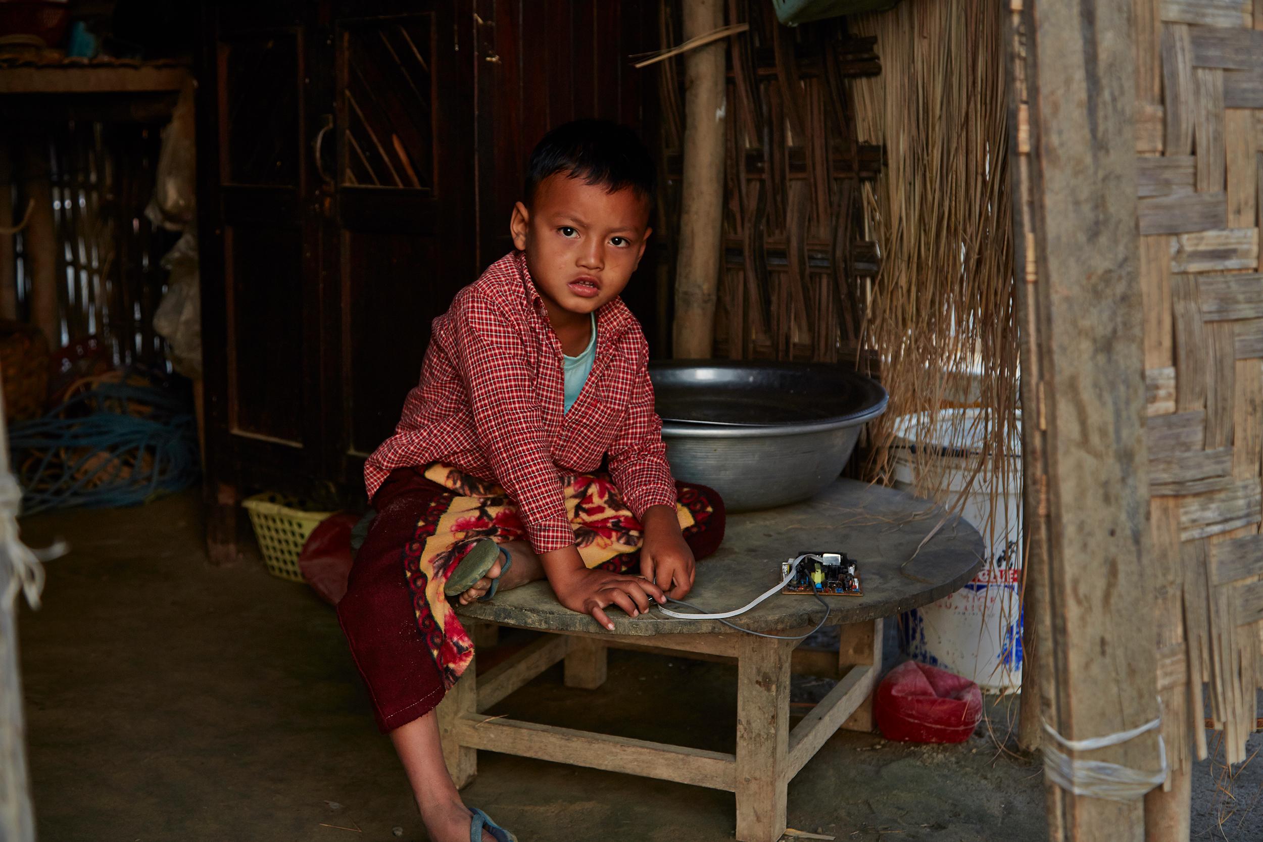 Kanjana-Chaiwatanachai-Image-Works_Mandalay_2014.01.18_0140w.jpg