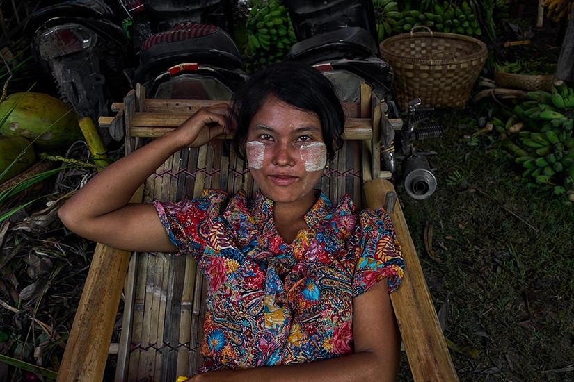 Farm woman, Mandalay