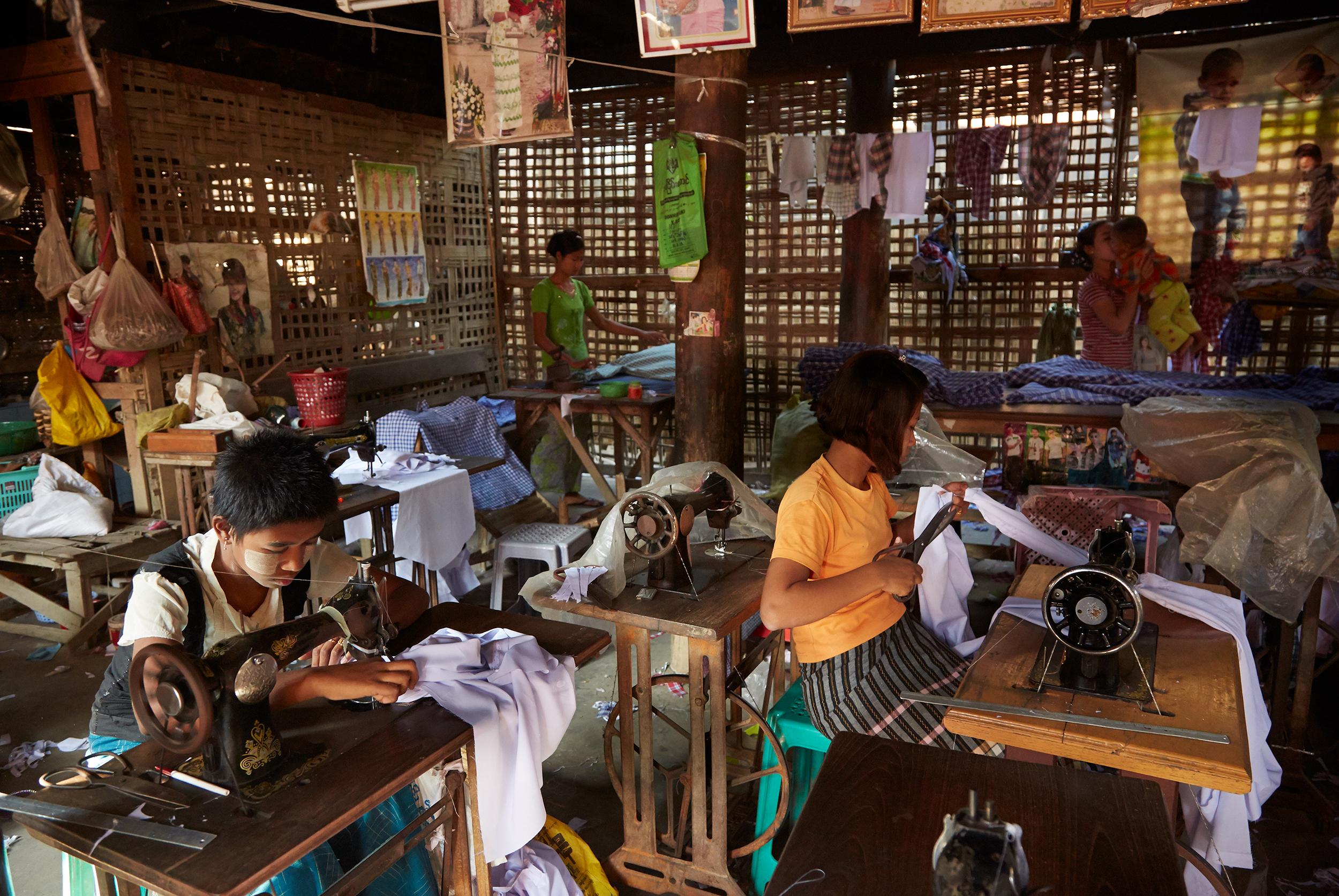 Kanjana-Chaiwatanachai-Image-Works_Mandalay_2014.01.19_0312w.jpg