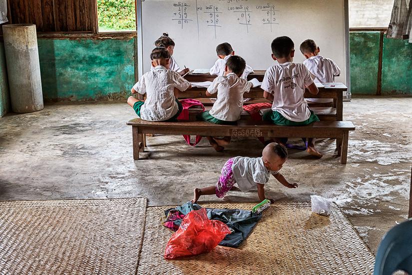 Classroom, Set Set Yoe Village, Ngathayauk