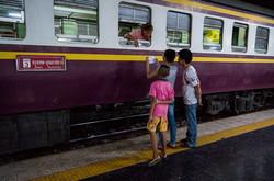 TrainSTory_04_s