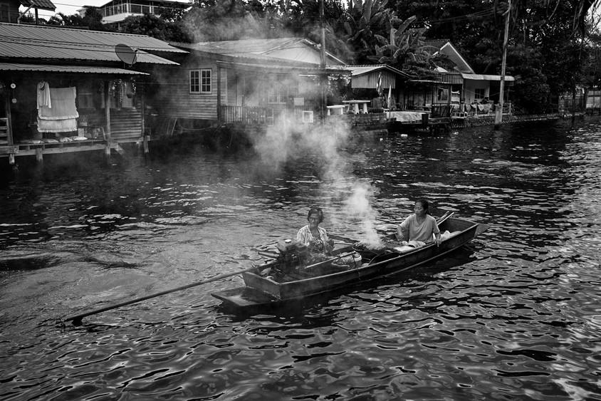 Boat vendor, Khlong Bang Luang, Bangkok