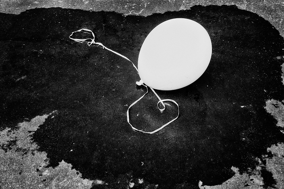 Grounded ballon, Melbourne, Australia