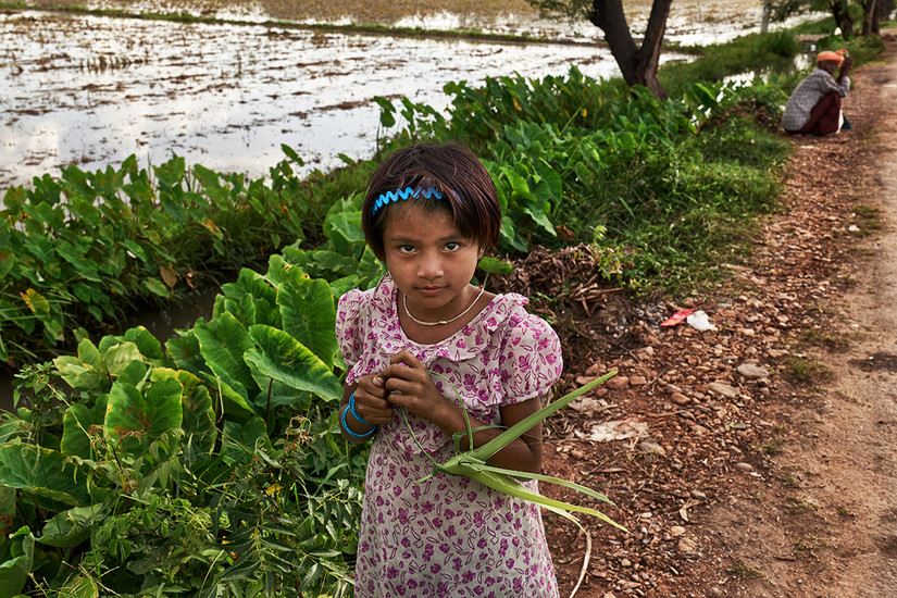 Girl and her toy, Ohae Phoe Village, Mandalay