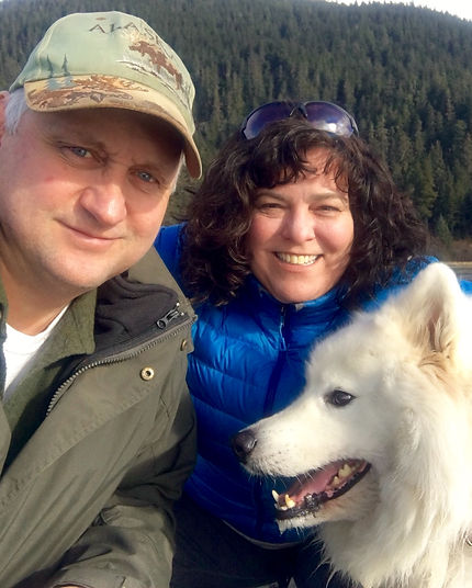 Image of Laura Dooley, Lupine Light Images photographer, with Mike and Kodiak