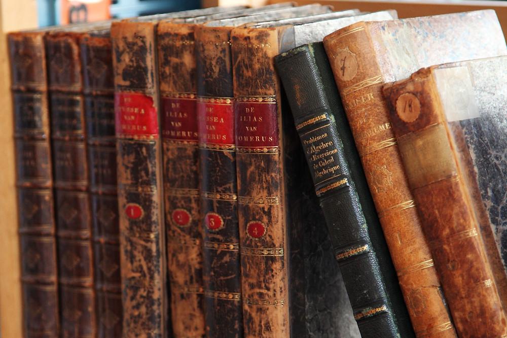 History Books, fixed star Unukalhai astrolgy blog