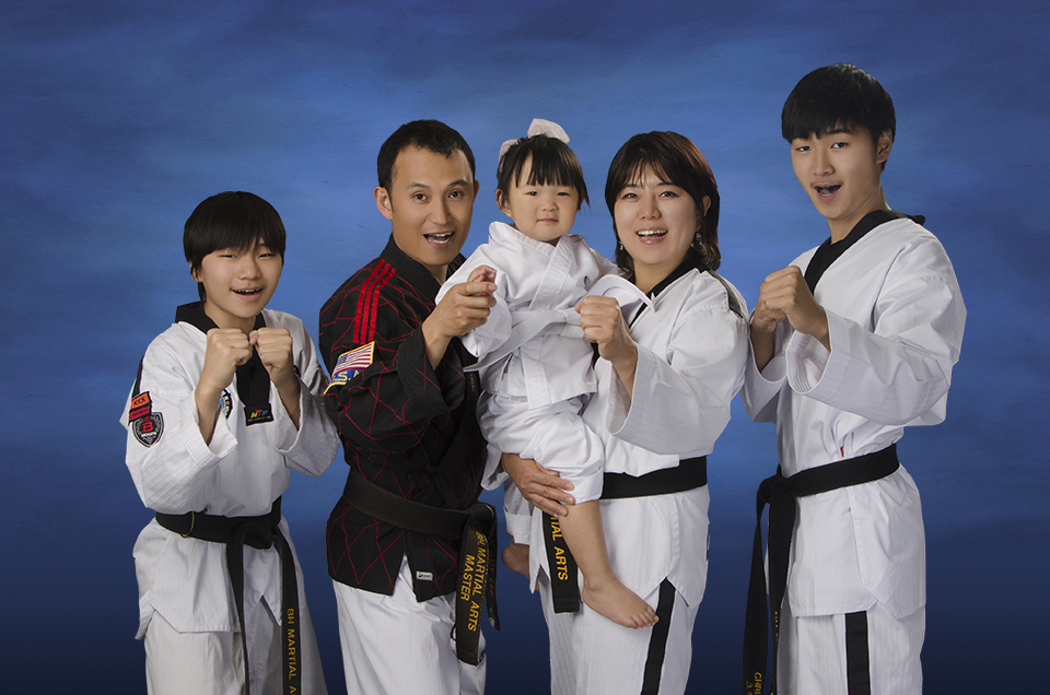 Master Lee Family