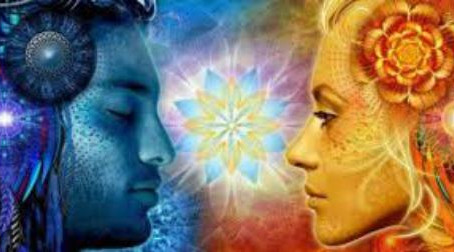 Abbisogniamo di essere e sperimentare donna e uomo sacro, stop alla matrix
