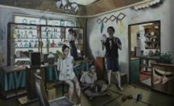 玻璃瓶收藏櫃前的樂隊 by 時永駿