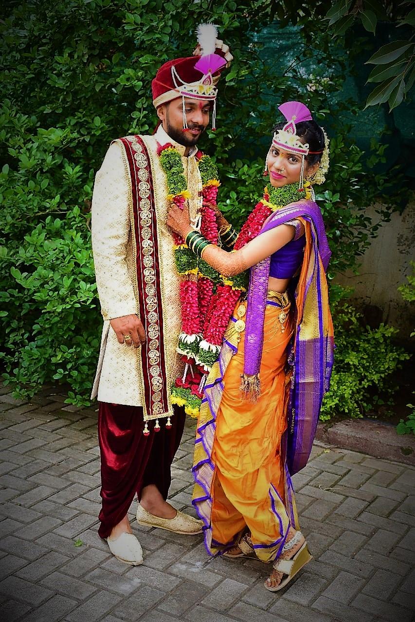 Nauvari Bridal Saree Off 73 Buy Nauvari sarees are worn by the maharashtra or marathi women as a traditional saree with traditional ornaments during the nauvari sarees are usually made with cotton and worn without a petticoat. nauvari bridal saree off 73 buy