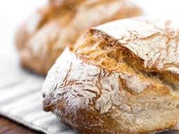Huisgemaakt zuurdesembrood