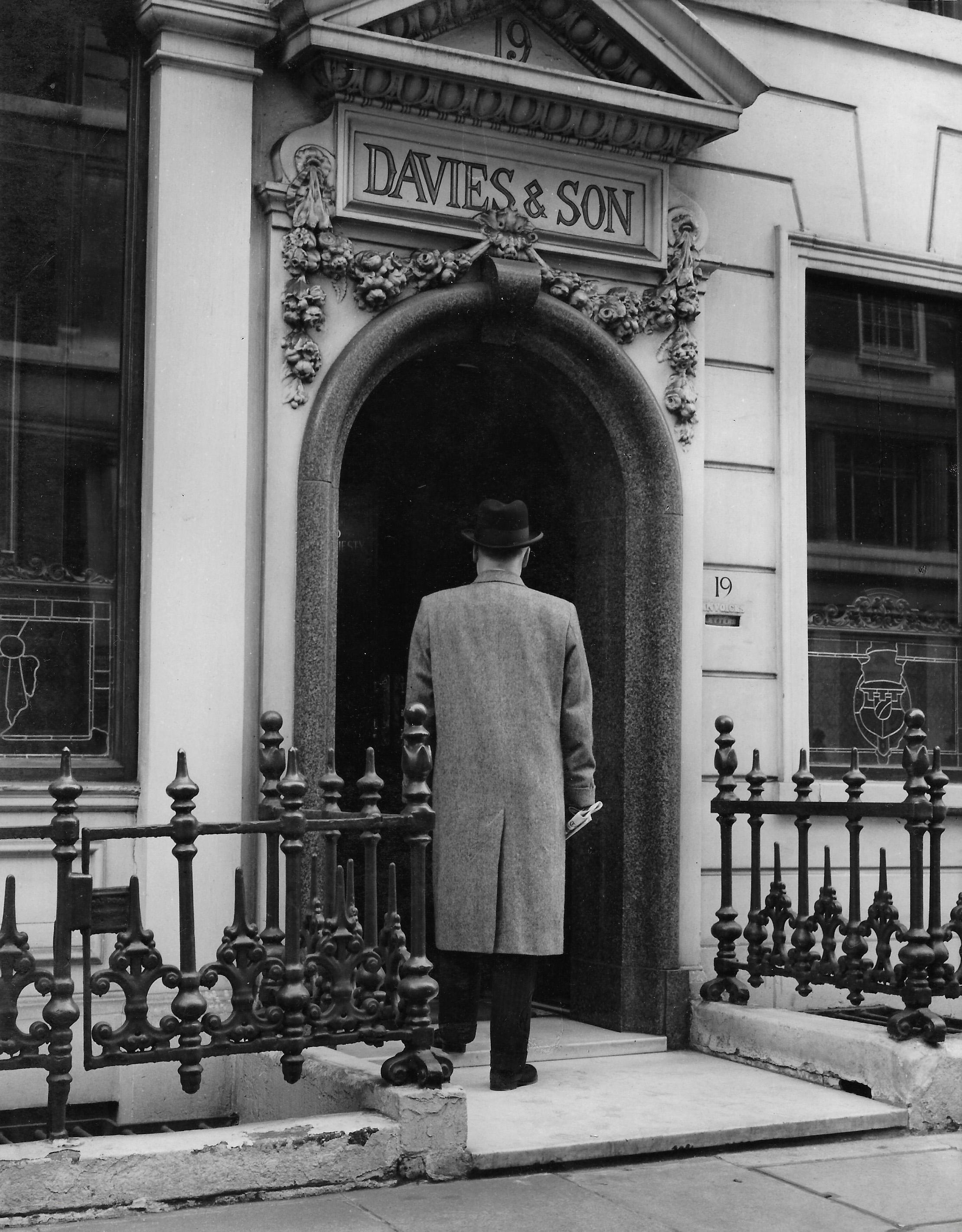 Davies and Son Savile Row Tailor entrance