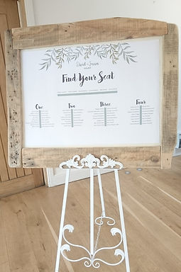 Table Plan - Distressed Natural Pallet Wood - White background