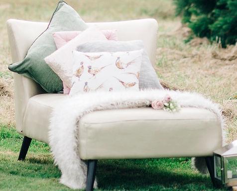 Chaise - Lounge - Sofa