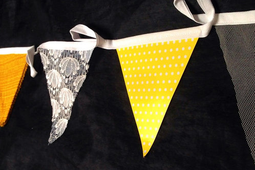 Bunting - Bright and sunny mixes of yellow and lace