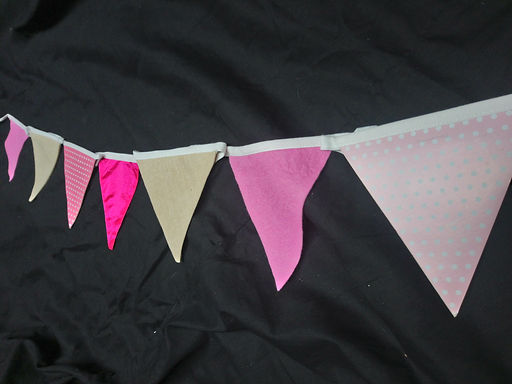 Bunting - Shades on pink with latte