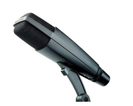Sennheiser MD 421-II Cardioid Dynamic Microphone with 5-Position rolloff Switch