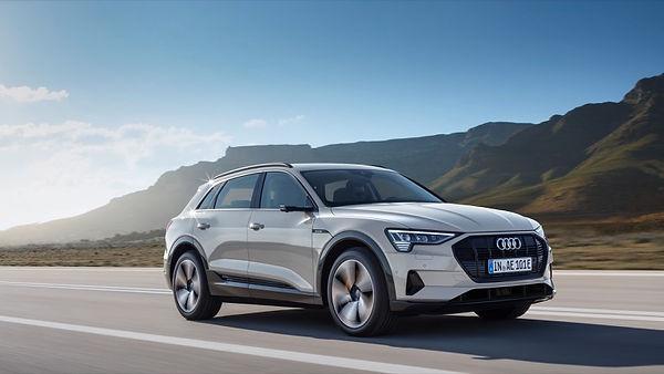 Audi_e-tron-12 foto.jpg